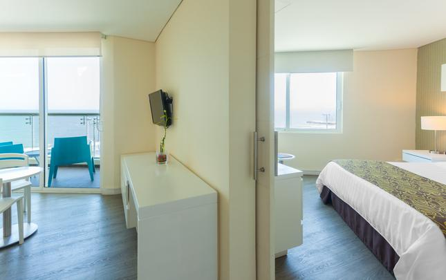 JUNIOR SUITE CON CAMA KING VISTA AL MAR